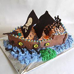 piratski-brod-torta